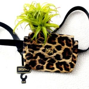 NWT bebe Donna Leopard Fanny /Belt/Waist Belt